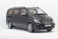 DEALER EDITION 1/18 MERCEDES-BENZ VIANO (BLACK) DIECAST MODEL