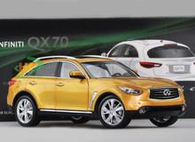 1/18 INFINITI QX70 / FX50 (GOLD / ORANGE) CAR MODEL