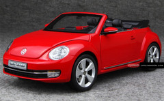 1/18 VOLKSWAGEN VW BEETLE (RED) CONVERTIBLE CAR MODEL!