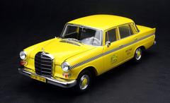 1/18 NOREV MERCEDES-BENZ 200 TAXI DIECAST CAR MODEL!