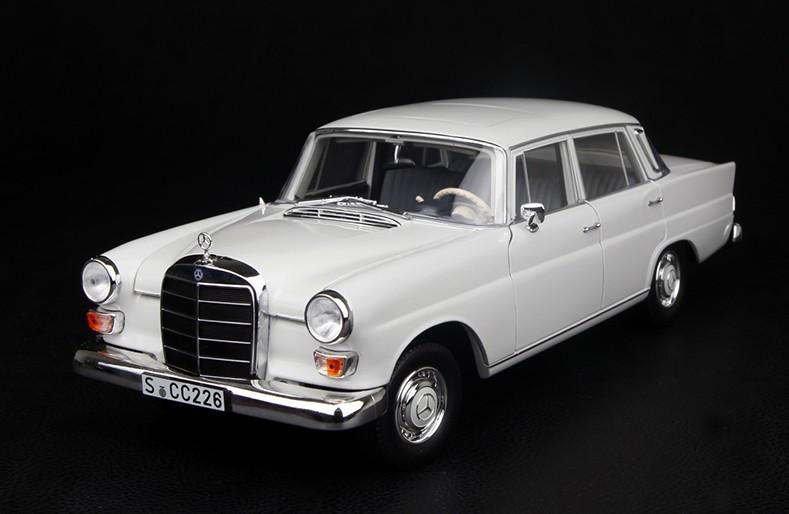 1 18 norev mercedes benz 200 white diecast model. Black Bedroom Furniture Sets. Home Design Ideas