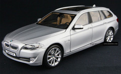 1/18 BMW 5 SERIES TOURING (SILVER) DIECAST CAR MODEL!