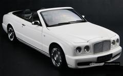 1/18 MINICHAMPS BENTLEY AZURE GTC (WHITE) DIECAST CAR MODEL!