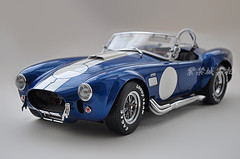 KYOSHO 1/12 FORD MUSTANG SHELBY COBRA 427 S/C (BLUE) MODEL!
