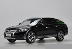 1/18 Dealer Edition Honda Crosstour (Black) w/ Wooden Display Base