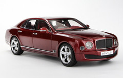 1/18 Kyosho Bentley Mulsanne (Red)