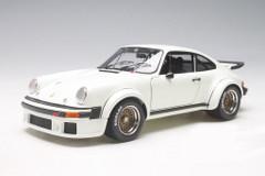 1/18 Schuco Porsche 934 RSR (White)