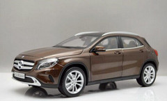 1/18 Dealer Edition Mercedes-Benz GLA (Brown)