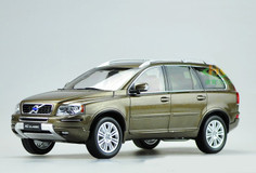 1/18 Dealer Edition Volvo XC90 (Brown)