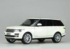 1/18 GTAUTOS Land Rover Range Rover (White)