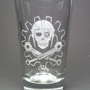 Steampunk Jolly Roger etched beer glass