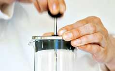 How to Make Tea Lattes