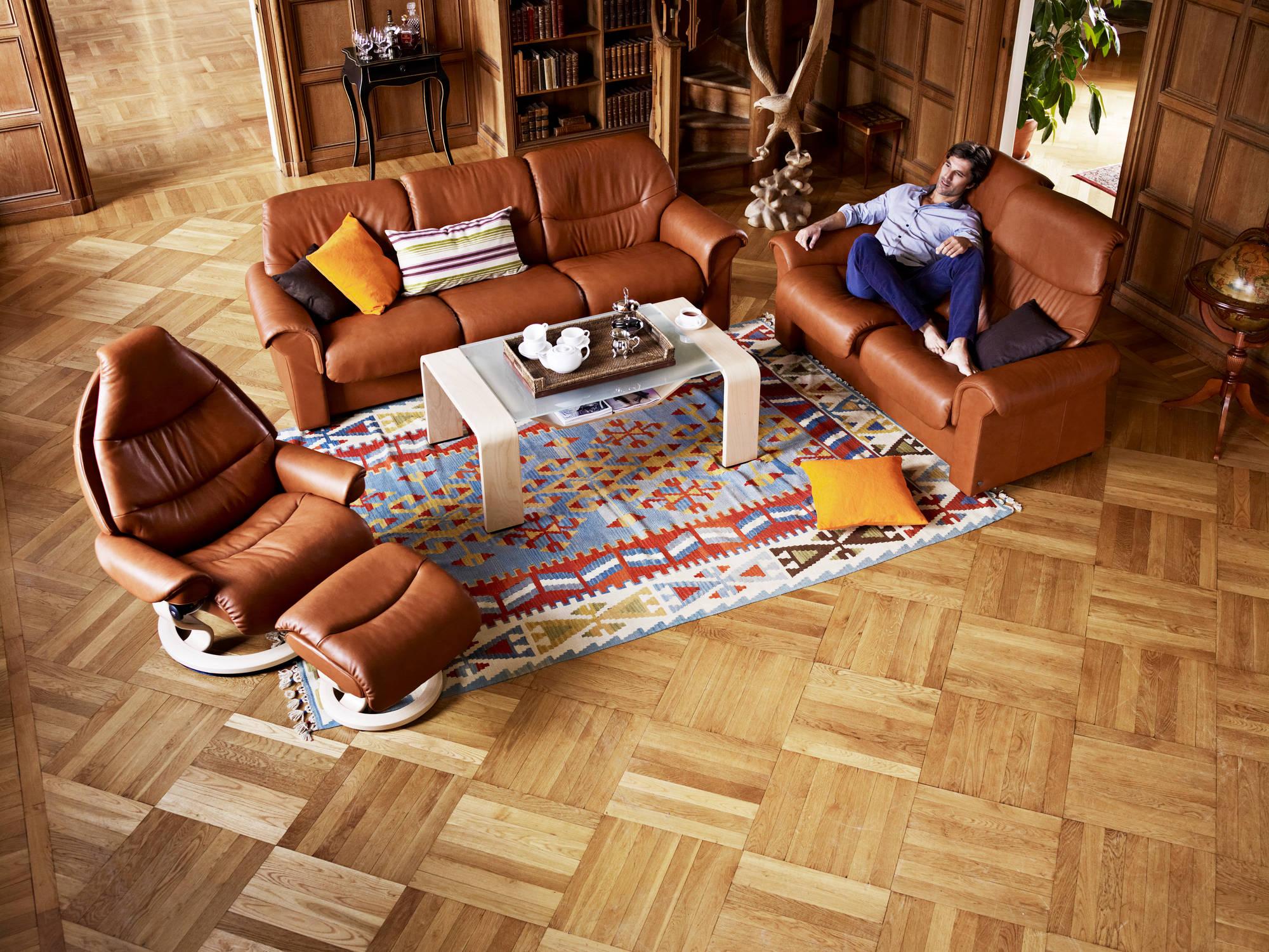 liberty loveseat low back stressless furniture. Black Bedroom Furniture Sets. Home Design Ideas