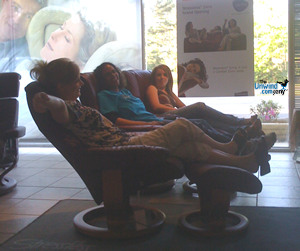 Experiencing the Comfort of Stressless Recliners by Ekornes
