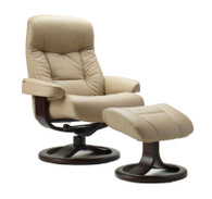 The Muldal R Recliner shown here in Nordic Line Sandel Leather.
