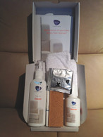 Ekornes Fabric Care Kit Contents