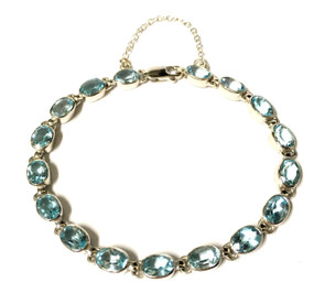 9ct White Gold & Blue Topaz Bracelet