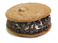 The JakeWich is 2 crispy chocolate chip cookies surrounding a generous dollop of JoMart vanilla marshmallow. The exposed sides of the marshmallow are rolled in a variety of toppings.