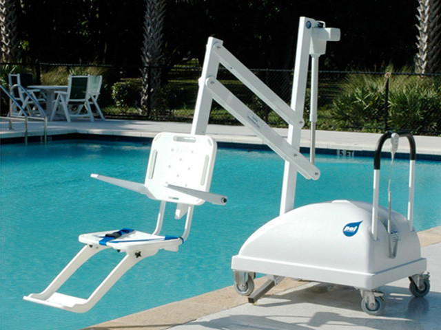 pal portable disabled swimming pool hoist uk