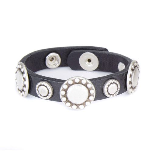 Leist studded leather cuff