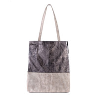 SALOSO LEATHER TOTE IN GUNMETAL