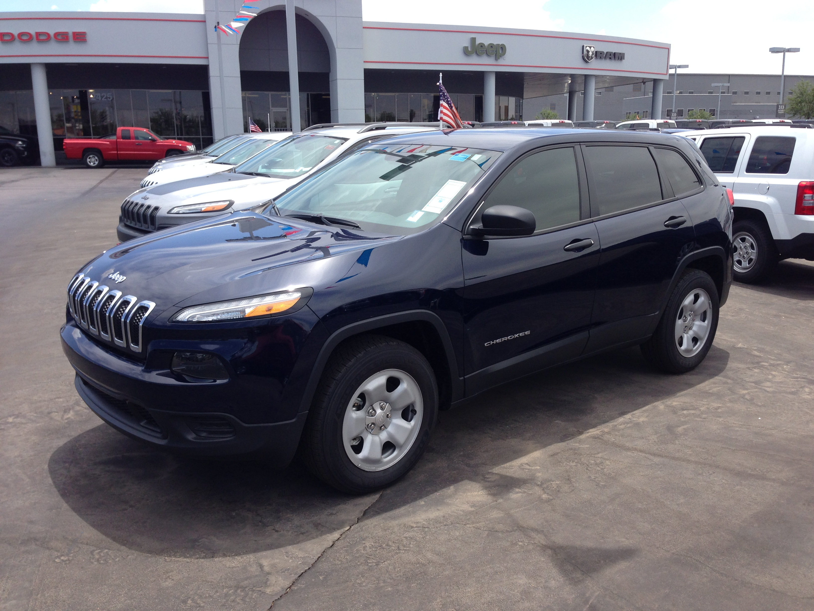 news reviews trailhawk sport amazing cherokee msrp jeep with ratings