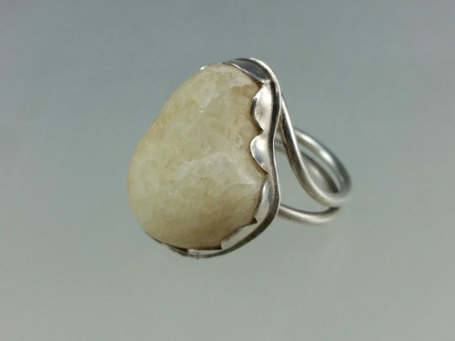 Heart Shaped beach stones ring with yellow quartz beach stone