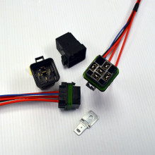 Hella Weatherproof 40 amp Relay, Socket and Mounting Bracket.