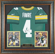 Brett Farve Authentically Signed GreenBay Packers Jersey