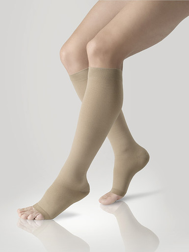 Lastofa Cotton Knee High Stockings