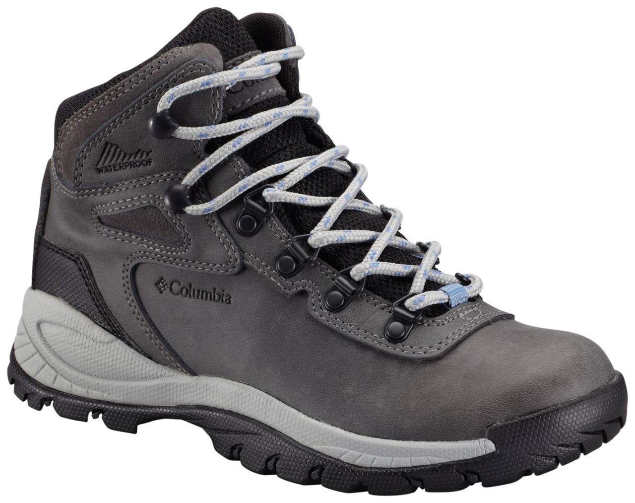 Columbia Trekking Shoes Online