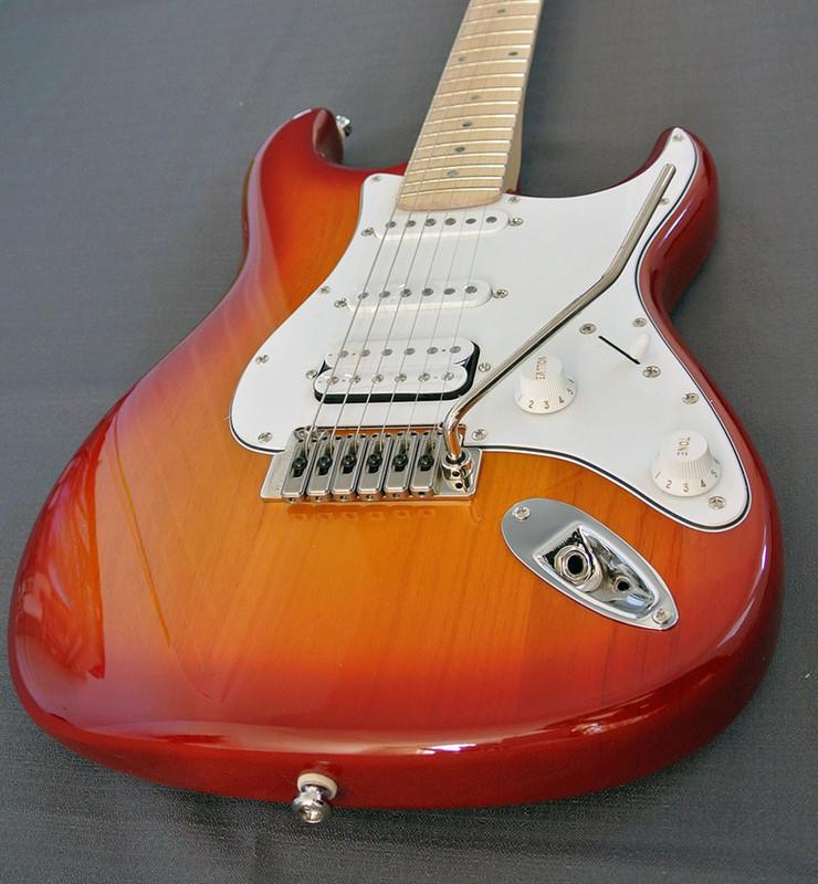 Swing Korea - R-2 Millennium - Honey Sunburst Premium Electric Guitar