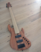 Maruszczyk Instruments - L5a-24 Etimoe - 5 String Bass With Etimoe Top