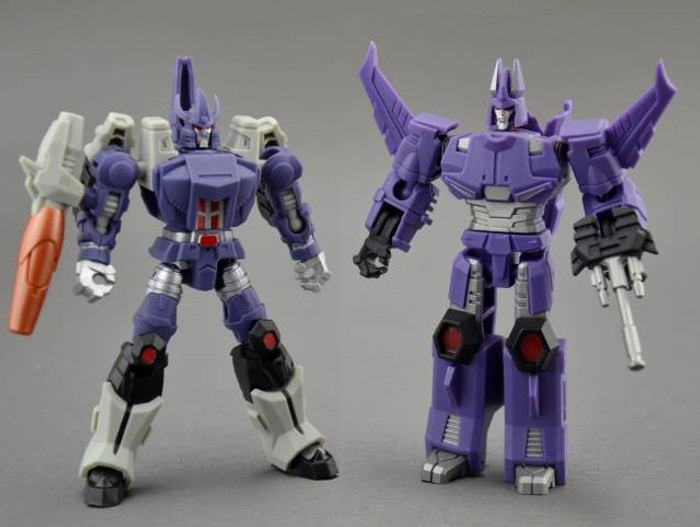 DX9 - War in Pocket - X05 Tyrant & X06 Hurricane Set of 2