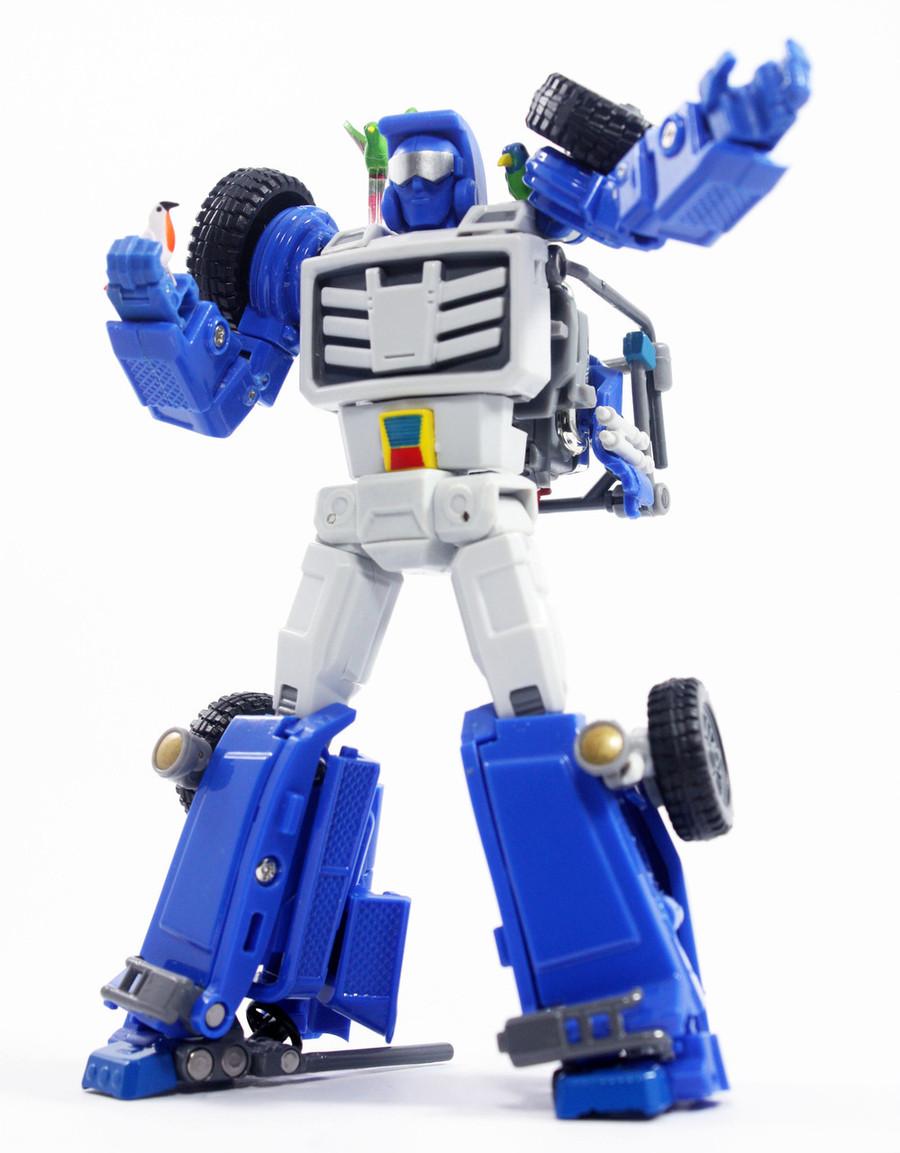 X-Transbots - MM-VIII Arkose