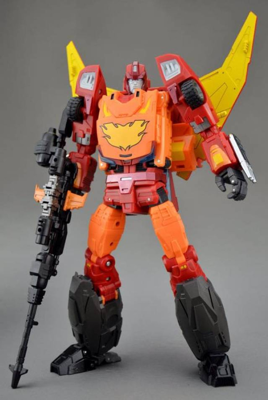 DX9 - D06 Carry (Masterpiece Style Figure)