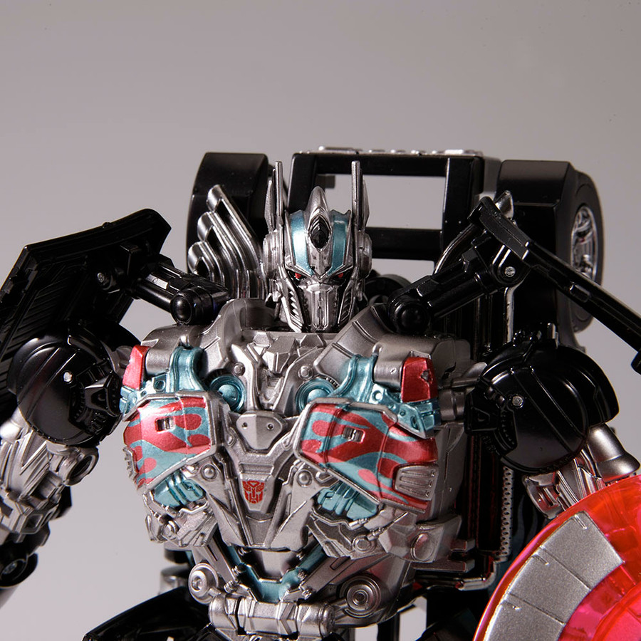 Transformers Movie Advanced Series Black Knight Optimus Prime