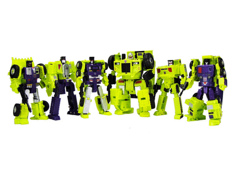 Transformers Unite Warriors UW-04 - Devastator