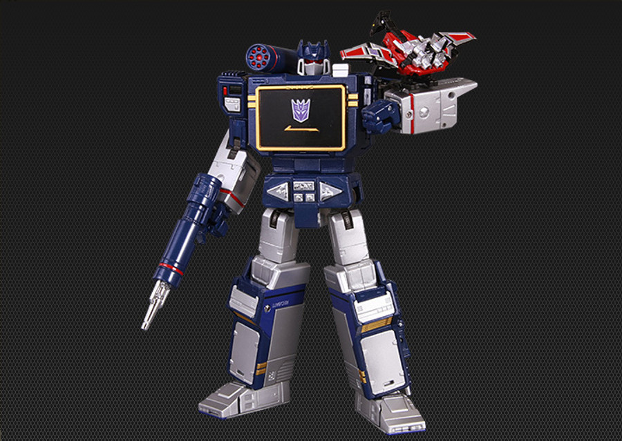 MP-13 Masterpiece Soundwave and Lazerbeak (Reissue)