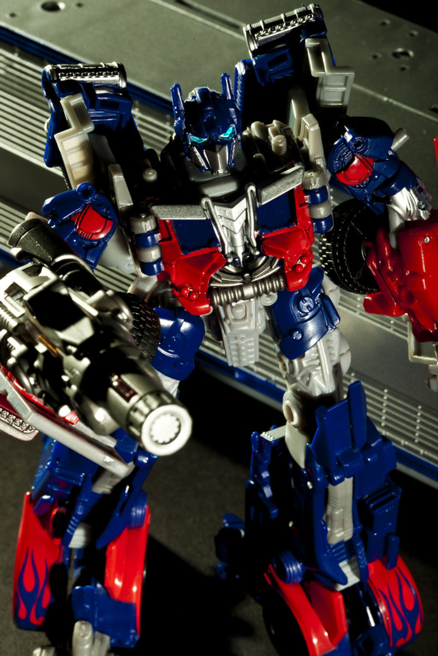 DA-03 Optimus Prime with MECHTECH Trailer