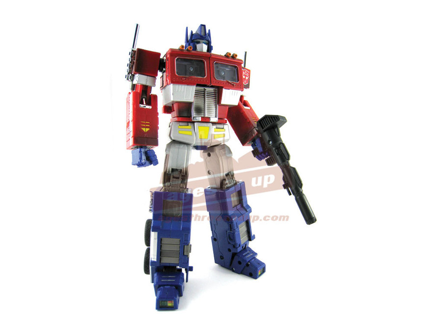 MP-04 Masterpiece Optimus Prime Convoy (Includes Trailer)