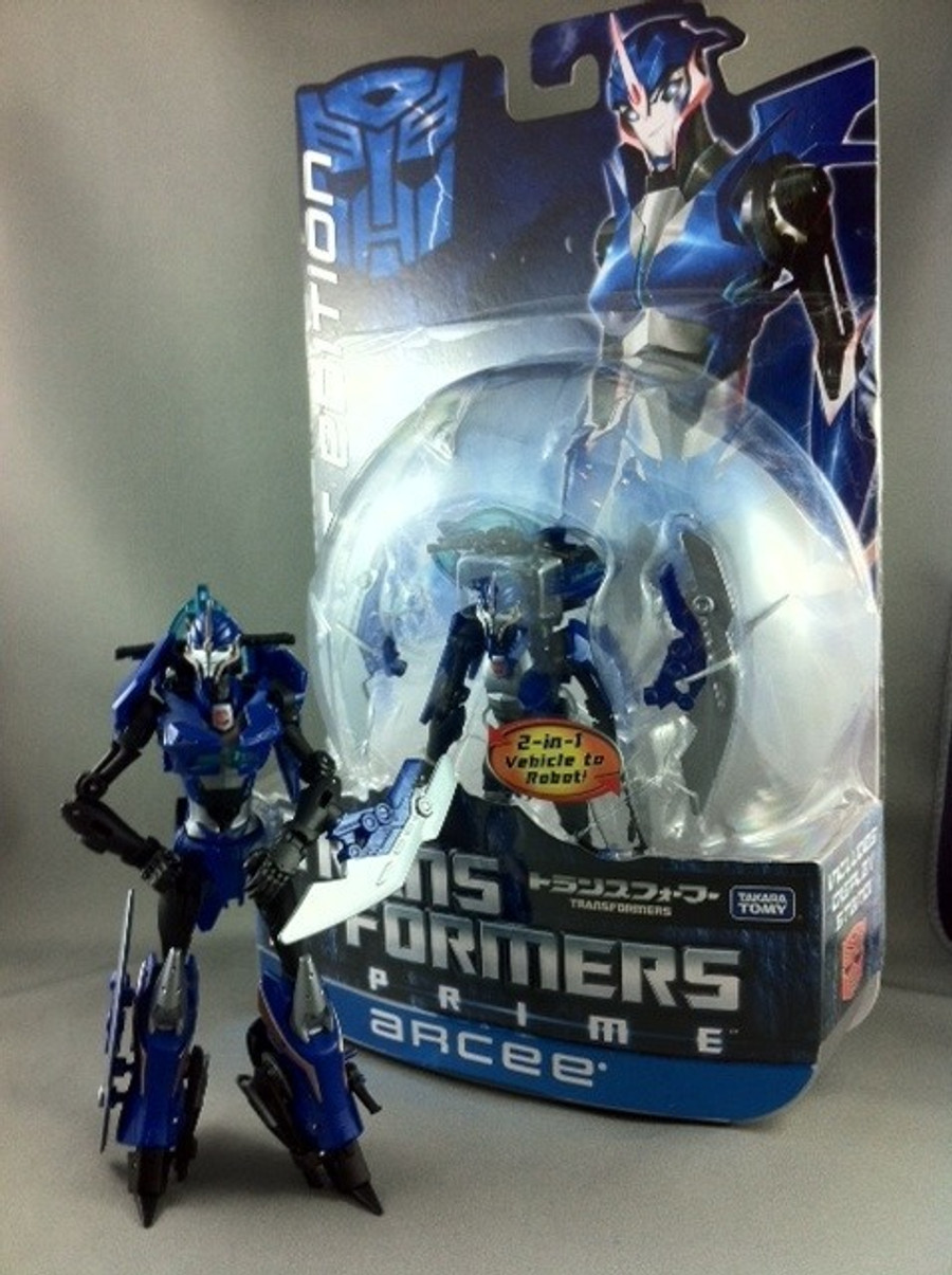 First Edition Arcee (Japanese Exclusive Color)