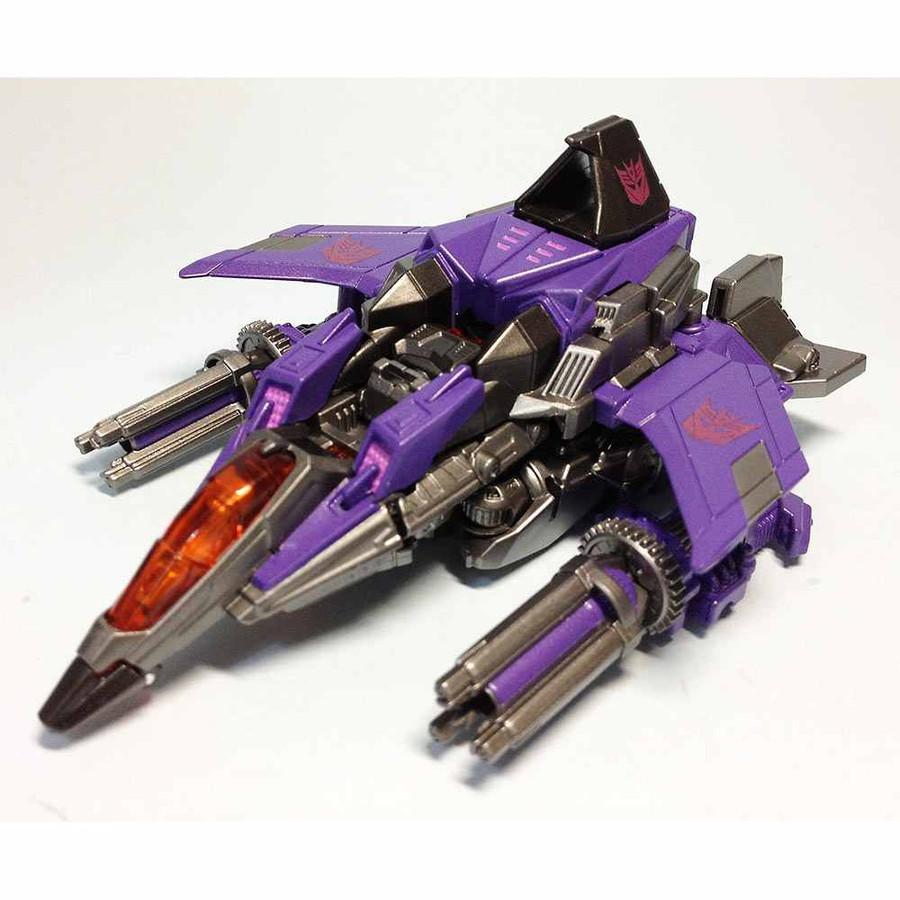 TG18 - Fall of Cybertron Skywarp (Takara)