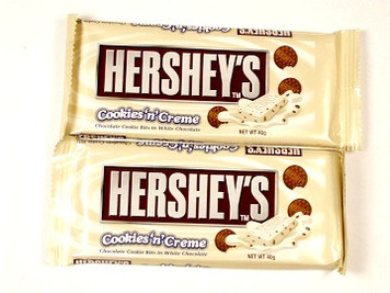 Hershey Cookies n Creme White Chocolate Bar x 2