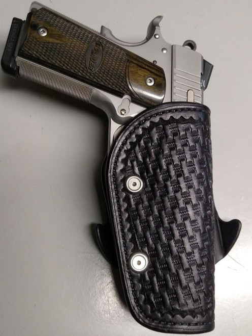 Leather Paddle holster in Basketweave Stamp