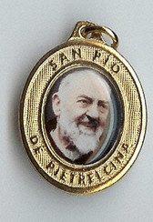 Padre Pio Smiling - Picture 5