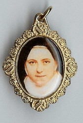 Saint Thérèse of Liseux Close-Up - Picture 8