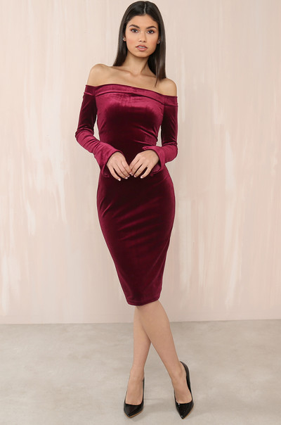 On Sleek Dress - Wine Velvet