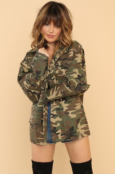 Serve-Vivin' Jacket - Camouflage