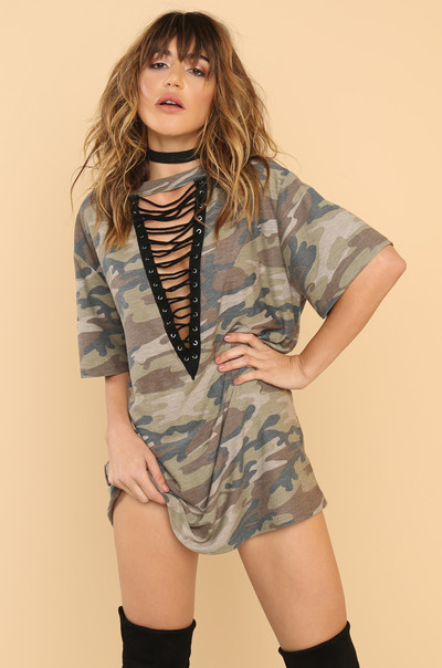 In The Lead Tee - Camouflage